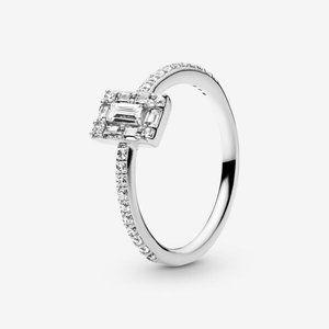 ✨Pandora  Sparkling Square Halo Ring